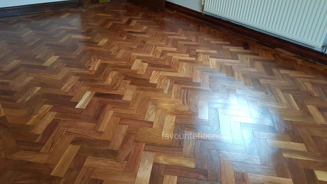 Teak parquet flooring with Gloss finished
