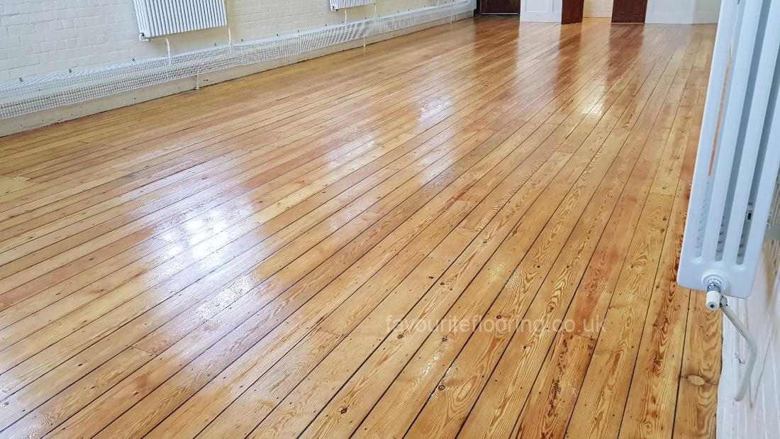 150 years old Pine boards after sanding and varnish