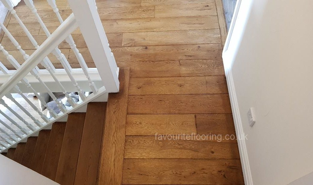 Nice small hallway with cladding steps and stain oak dark stain