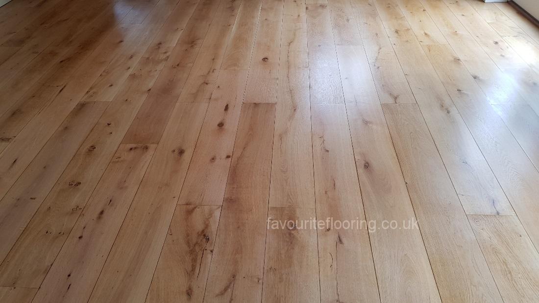 Solid Oak boards with matt varnish