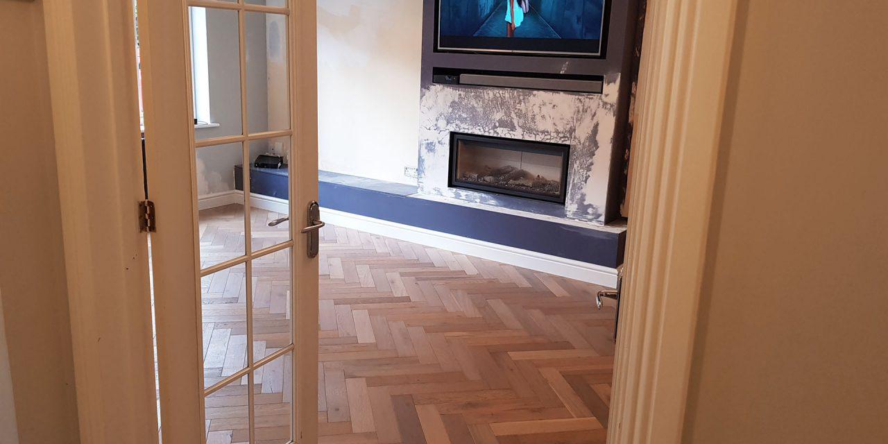 https://favouriteflooring.co.uk/wp-content/uploads/2020/05/Engineered-Wood-Floor-PR1-4-1280x640.jpg