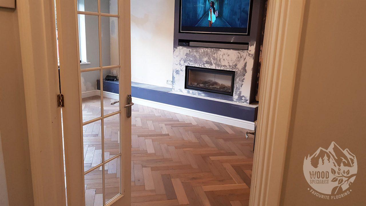 https://favouriteflooring.co.uk/wp-content/uploads/2020/05/Engineered-Wood-Floor-PR1-4-1280x720.jpg?v=1615847507